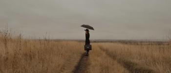 Concours de nouvelles \Cette femme au parapluie...\ Niort
