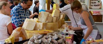 Marché  fermier avec restauration Brantôme en Périgord