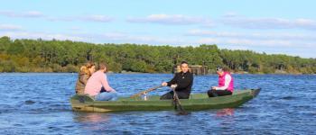Découverte de l\étang blanc en barque dans l\univers des pêcheurs et chasseurs Seignosse