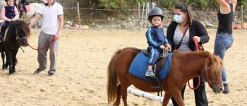 Pâques au poney club Saint-Pantaly-dExcideuil
