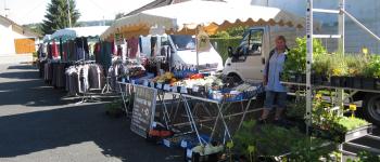 marché du mardi à Genouillac Genouillac